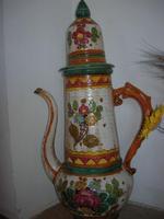 brocca di terracotta decorata a mano - Fattoria Manostalla Villa Chiarelli - 16 gennaio 2011  - Partinico (1651 clic)