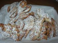cuddureddi o cosi duci: i dolci tipici natalizi - 29 dicembre 2009   - Castellammare del golfo (8205 clic)