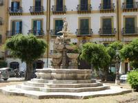 Fontana del Garraffo in Piazza Marina - fontana barocca scolpita dallo scultore Gioacchino Vitaglian