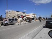 C/da Magazzinazzi - stazione ferroviaria di C/mare del Golfo - passeggiata a cavallo - 27 marzo 2010  - Alcamo marina (2417 clic)