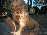 Giardino Pubblico Vittorio Emanuele - scultura leone - 5 dicembre 2010  - Caltagirone (1505 clic)