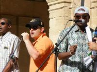 Spettacolo multietnico UNA SOLA FAMIGLIA UMANA nel cortile del Collegio dei Gesuiti - 19 giugno 2011  - Sciacca (620 clic)