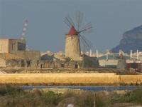 mulino a vento - 13 novembre 2011   - Nubia (738 clic)