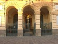 Piazza Carlo Maria Carafa - ingresso Palazzo Comunale - 5 dicembre 2010  - Grammichele (2249 clic)