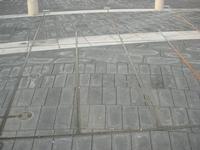 Piazza Carlo Maria Carafa - particolare della pavimentazione e linee della meridiana - 5 dicembre 2010  - Grammichele (2461 clic)