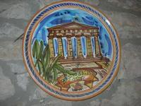 piatto decorato in ceramica - C.da Margana - Baglio Segesta - 10 aprile 2011  - Calatafimi segesta (1224 clic)