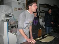 la preparazione delle cudduredde, dolci natalizi - 4 dicembre 2010  - Caltagirone (3650 clic)