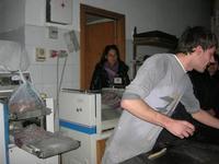 la preparazione delle cudduredde, dolci natalizi - 4 dicembre 2010  - Caltagirone (3606 clic)