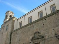 per le vie di Caltagirone - facciata laterale chiesa e campanile - 4 dicembre 2010 CALTAGIRONE LIDIA