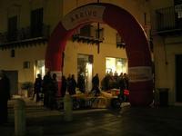 esposizione auto in Corso 6 Aprile - Campionato Siciliano A.C.S.L. - 1° AUTOSLALOM - ALCAMO - MONTE BONIFATO - 18-19 Dicembre 2010 - 14 novembre 2010  - Alcamo (1500 clic)