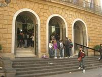 Galleria Luigi Sturzo - studenti in protesta - 4 dicembre 2010 CALTAGIRONE LIDIA NAVARRA