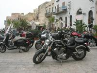 Via Don L. Zangara - 2° MOTORADUNO CITTA' DI CARINI - sosta al Bar Vogue - 28 novembre 2010  - Castellammare del golfo (1414 clic)