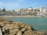 il paese visto dalla passeggiata sul mare - 1 maggio 2010  - Marinella di selinunte (2161 clic)