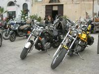 Via Don L. Zangara - 2° MOTORADUNO CITTA' DI CARINI - sosta al Bar Vogue - 28 novembre 2010  - Castellammare del golfo (1239 clic)