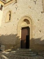 Santuario Maria SS. di Custonaci - entrata laterale - 5 settembre 2010  - Custonaci (1320 clic)