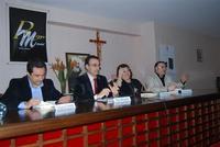 Presentazione del Connubio RizzoMani - Parole in Musica - Francesco Gallina e Donatella Piras - presso la Sala Convegni dell'Istituto Suore Francescane S. Chiara - 24 aprile 2010  - Corleone (3289 clic)