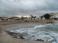la piccola spiaggia - mare in burrasca - 7 febbraio 2010  - Cornino (1882 clic)