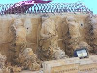 particolare di uno dei balconi (simbolo del barocco netino) del Palazzo dei Principi di Villadorata - Via Nicolaci - 16 maggio 2010  - Noto (2625 clic)