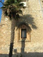 facciata laterale Santuario Maria SS. di Custonaci - particolare - 5 settembre 2010  - Custonaci (1402 clic)