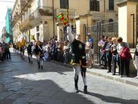 Corteo Barocco - Saluto alla Primavera - sbandieratori - 16 maggio 2010  - Noto (2613 clic)