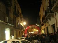 esposizione auto in Corso 6 Aprile - Campionato Siciliano A.C.S.L. - 1° AUTOSLALOM - ALCAMO - MONTE BONIFATO - 18-19 Dicembre 2010 - 14 novembre 2010  - Alcamo (1605 clic)