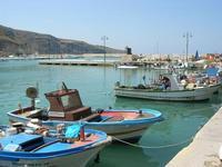 al porto - 14 luglio 2010  - Castellammare del golfo (1127 clic)