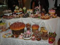 pasticceria (finta) in esposizione - 1 gennaio 2011  - Erice (2992 clic)
