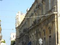 palazzi del centro storico - 16 maggio 2010  - Noto (2085 clic)