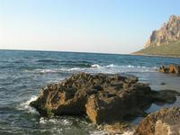 scogli, mare e monte Cofano - 14 marzo 2010  - Cornino (4796 clic)