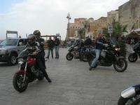 Via Don L. Zangara - 2° MOTORADUNO CITTA' DI CARINI - sosta al Bar Vogue - 28 novembre 2010  - Castellammare del golfo (1326 clic)