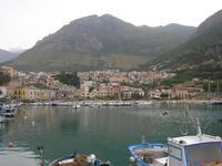 la città vista dal porto - 9 settembre 2010   - Castellammare del golfo (1251 clic)
