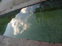 fontana - riflessi - 14 novembre 2010  - Riserva dello zingaro (1526 clic)
