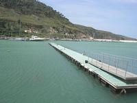 al porto - pontile galleggiante - 4 aprile 2010  - Castellammare del golfo (1677 clic)