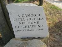 sul colle Pianto Romano - lapide con iscrizione commemorativa - 11 aprile 2010   - Calatafimi segesta (2181 clic)