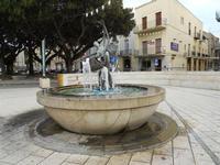 Piazza Giacomo Matteotti - fontana - 13 dicembre 2010  - Castelvetrano (2443 clic)