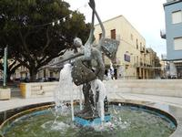 Piazza Giacomo Matteotti - fontana - 13 dicembre 2010  - Castelvetrano (2543 clic)