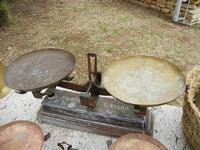 al Belvedere - bilance - 23 aprile 2011  - Castellammare del golfo (907 clic)
