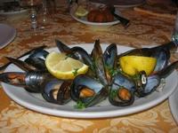 cozze scoppiate - La Caravella - 16 gennaio 2010   - Alcamo marina (5397 clic)