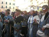 111ª edizione del Carnevale di Sciacca - sfilata corteo mascherato e dei gruppi dei carri allegorici - 6 marzo 2011  - Sciacca (1388 clic)
