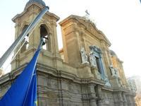 dal Palazzo VII Aprile, campanile e particolare della Chiesa Madre - 9 maggio 2010   - Marsala (1591 clic)