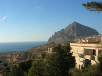panorama fino al Monte Cofano e Golfo di Bonagia - 5 settembre 2010  - Custonaci (1376 clic)