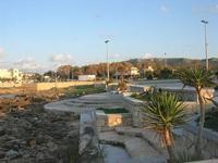 LIDO VALDERICE - il borgo visto dal lungomare - 14 marzo 2010  - Valderice (2703 clic)