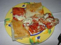 antipasto: sfincione - Fattoria Manostalla Villa Chiarelli - 16 gennaio 2011  - Partinico (2612 clic)