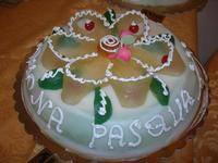 cassata siciliana per festeggiare la Pasqua - Le Corti - 19 aprile 2011  - Castellammare del golfo (1286 clic)