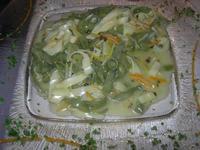 Tagliatelle paglia e fieno con salsa agli agrumi e pepe verde - Al Burgio - 19 dicembre 2010  - Castellammare del golfo (1553 clic)