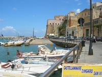 Via Don Leonardo Zangara e Castello - 25 luglio 2010  - Castellammare del golfo (1257 clic)