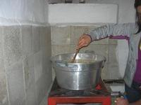 pasta fresca: maccarruna (maccheroni) - la cottura - 25 aprile 2010  - Castellammare del golfo (3083 clic)