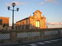 ponte maiolicato e Chiesa di S. Francesco d'Assisi - 4 dicembre 2010  - Caltagirone (1679 clic)