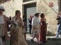 Infiorata 2010 - Corteo Barocco - 16 maggio 2010  - Noto (2613 clic)