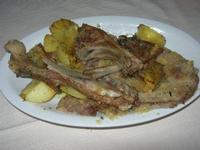 secondo: agnello e carne panata con patate - Fattoria Manostalla Villa Chiarelli - 16 gennaio 2011  - Partinico (2891 clic)
